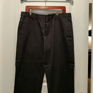 Eddie Bauer relaxed fit Chino 34 x 32 grey